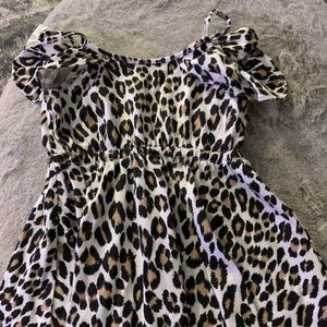 Other - Adorable leopard print sundress